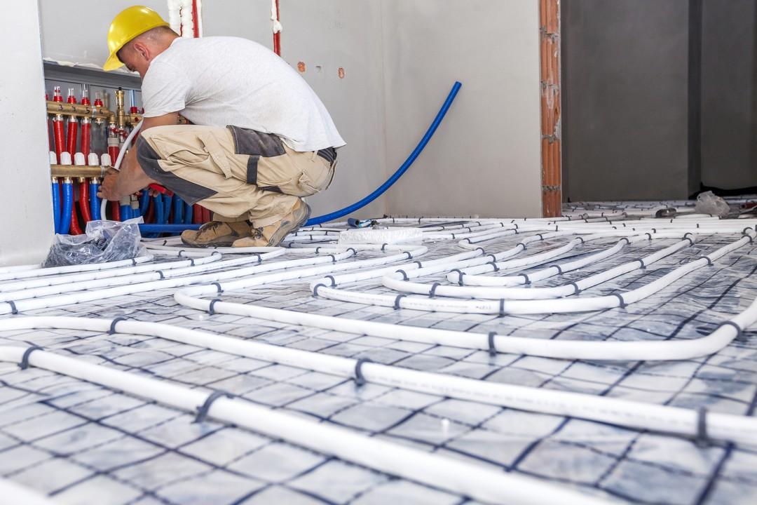 Installation et réparation plomberie encastrée dans le plancher